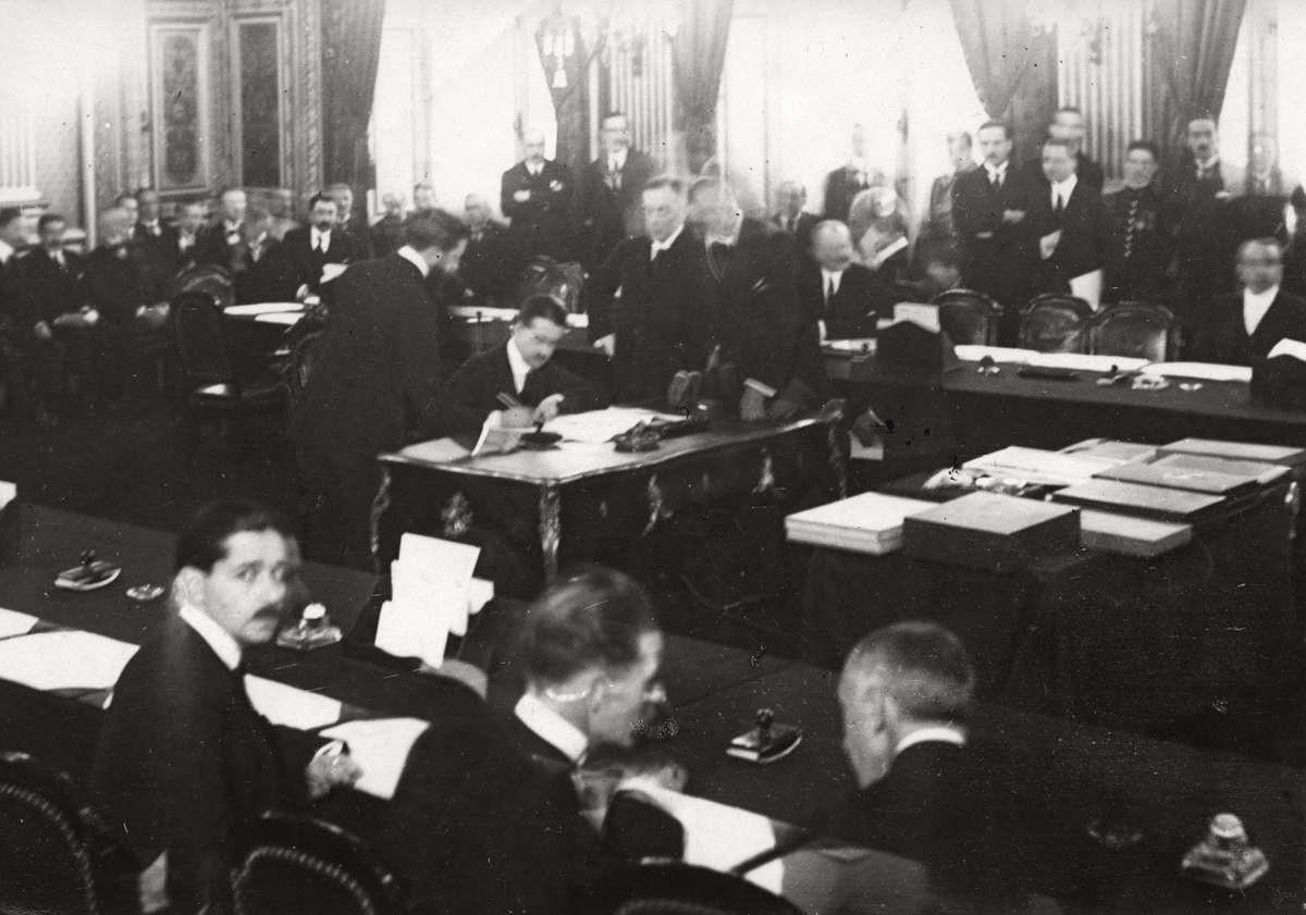 Lucrările Conferinţei de Pace de la Paris, Versailles (1919)